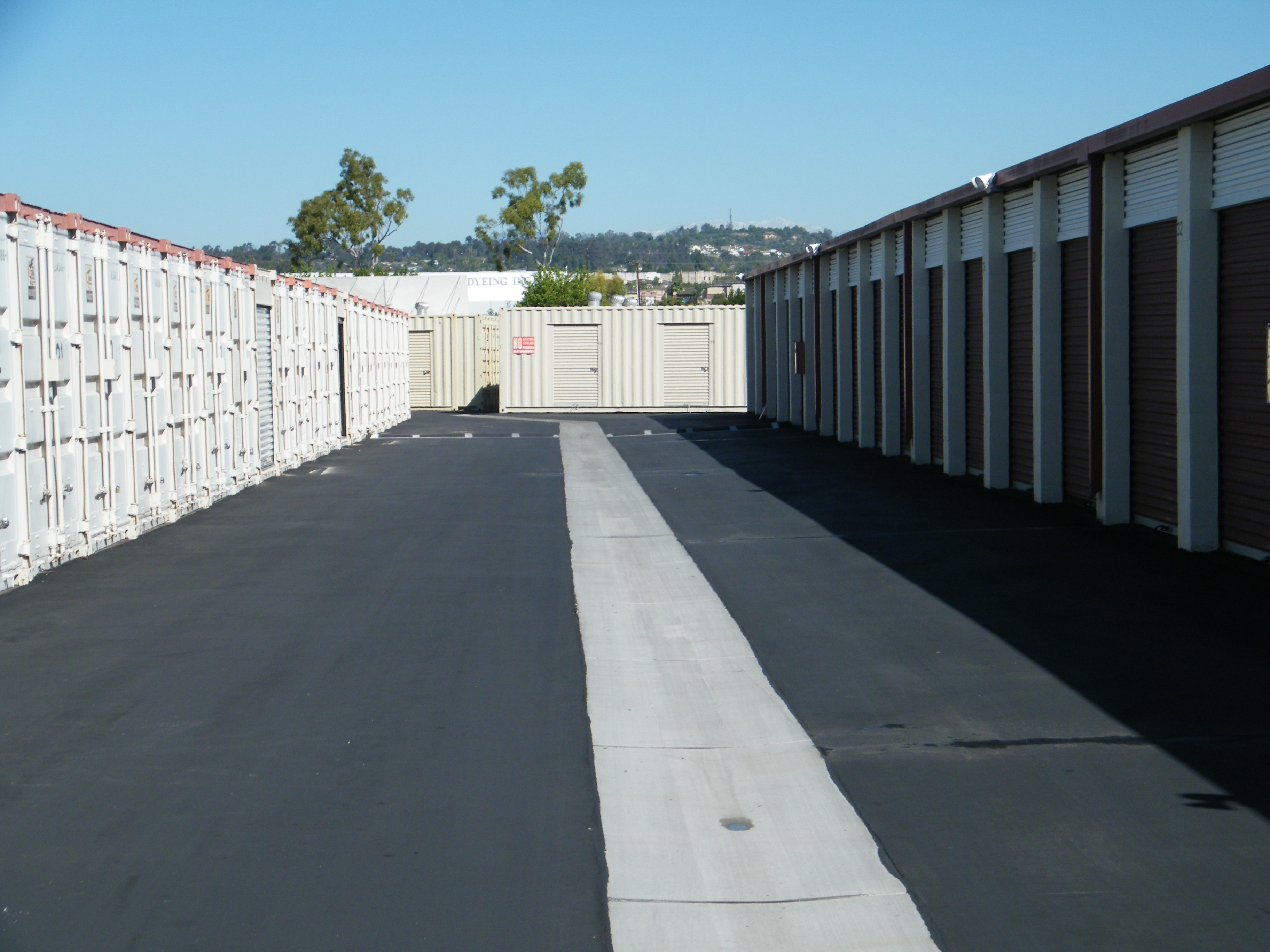 outside access storage units with drive up access