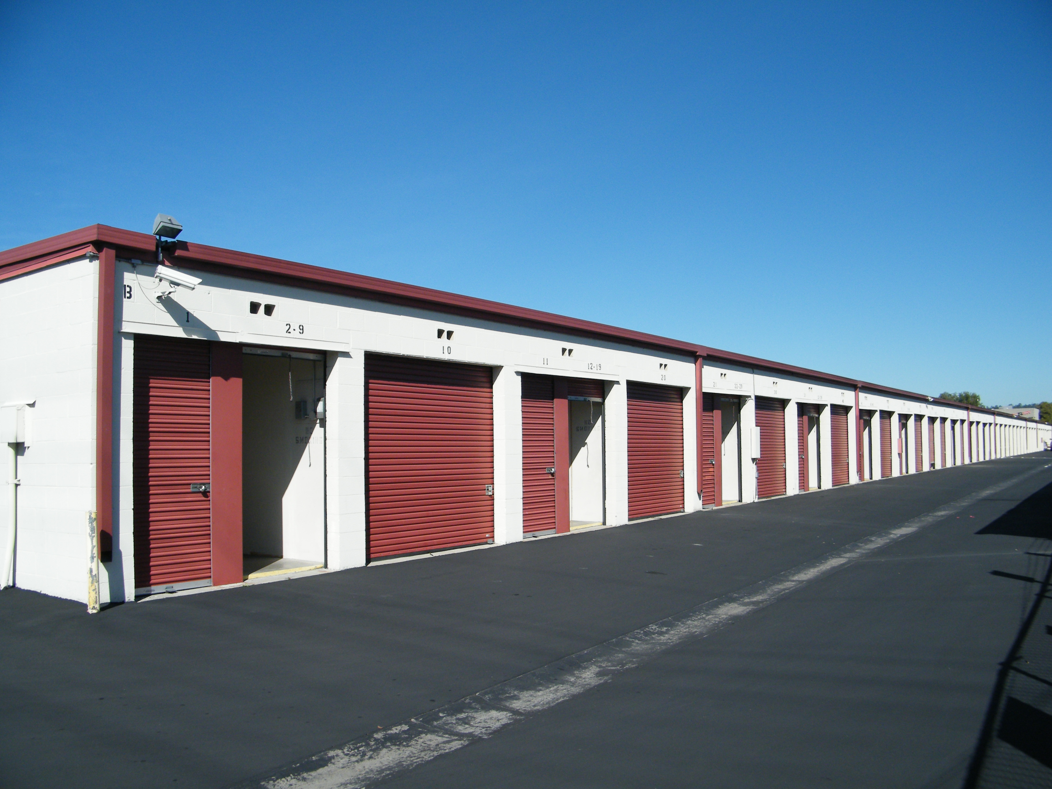 self storage units with drive up access doors