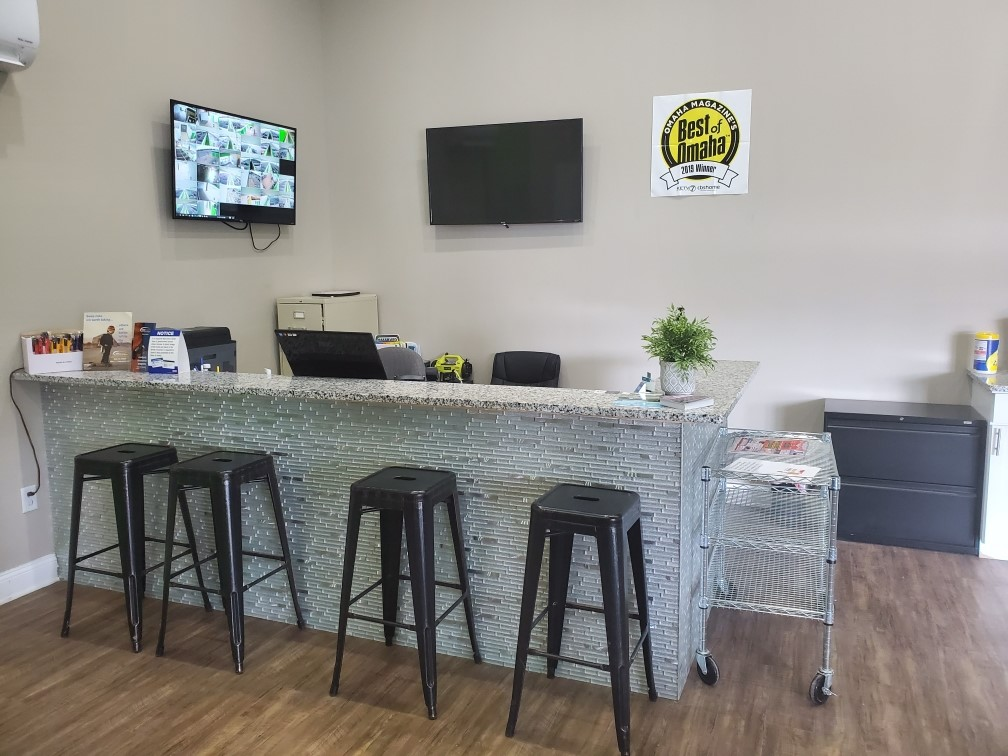 Customer Service Office