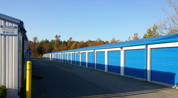 Row of self storage units in Selbyville, DE