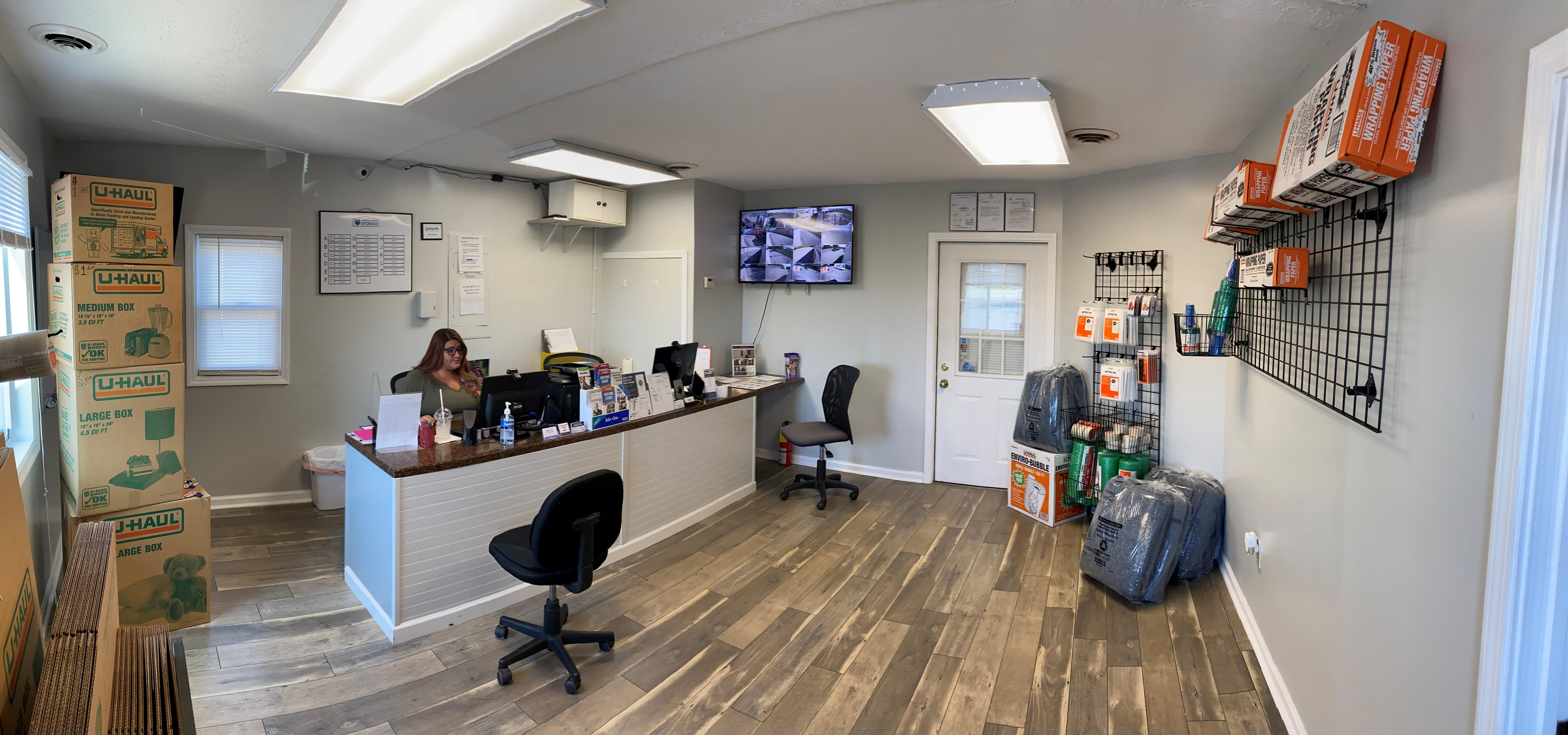 People's Choice Self Storage Office in Clarksville, TN