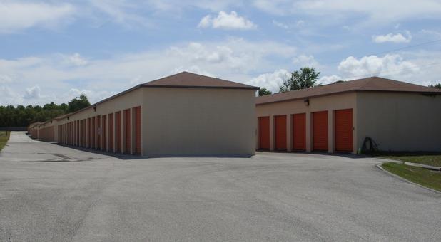 Rows of self storage units in Hudson, FL