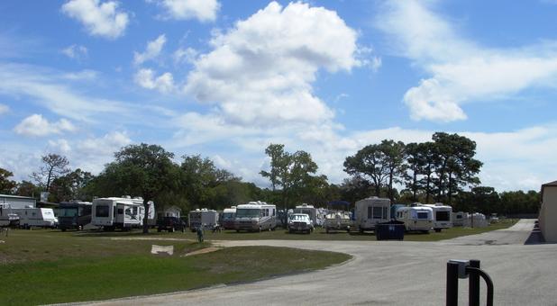 RV parking in Hudson, FL