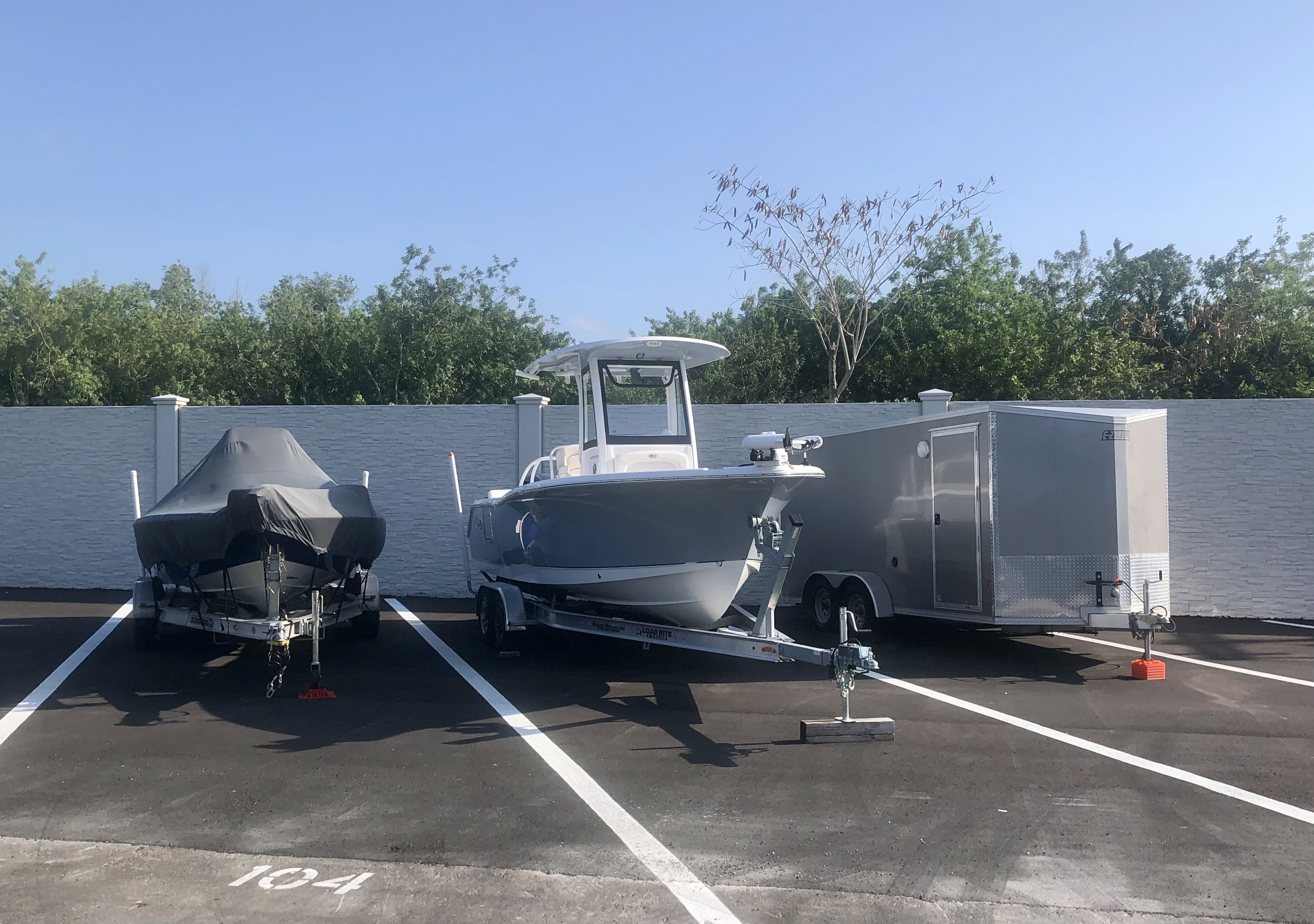 60 Degree Angled Parking Open RV Boat storage