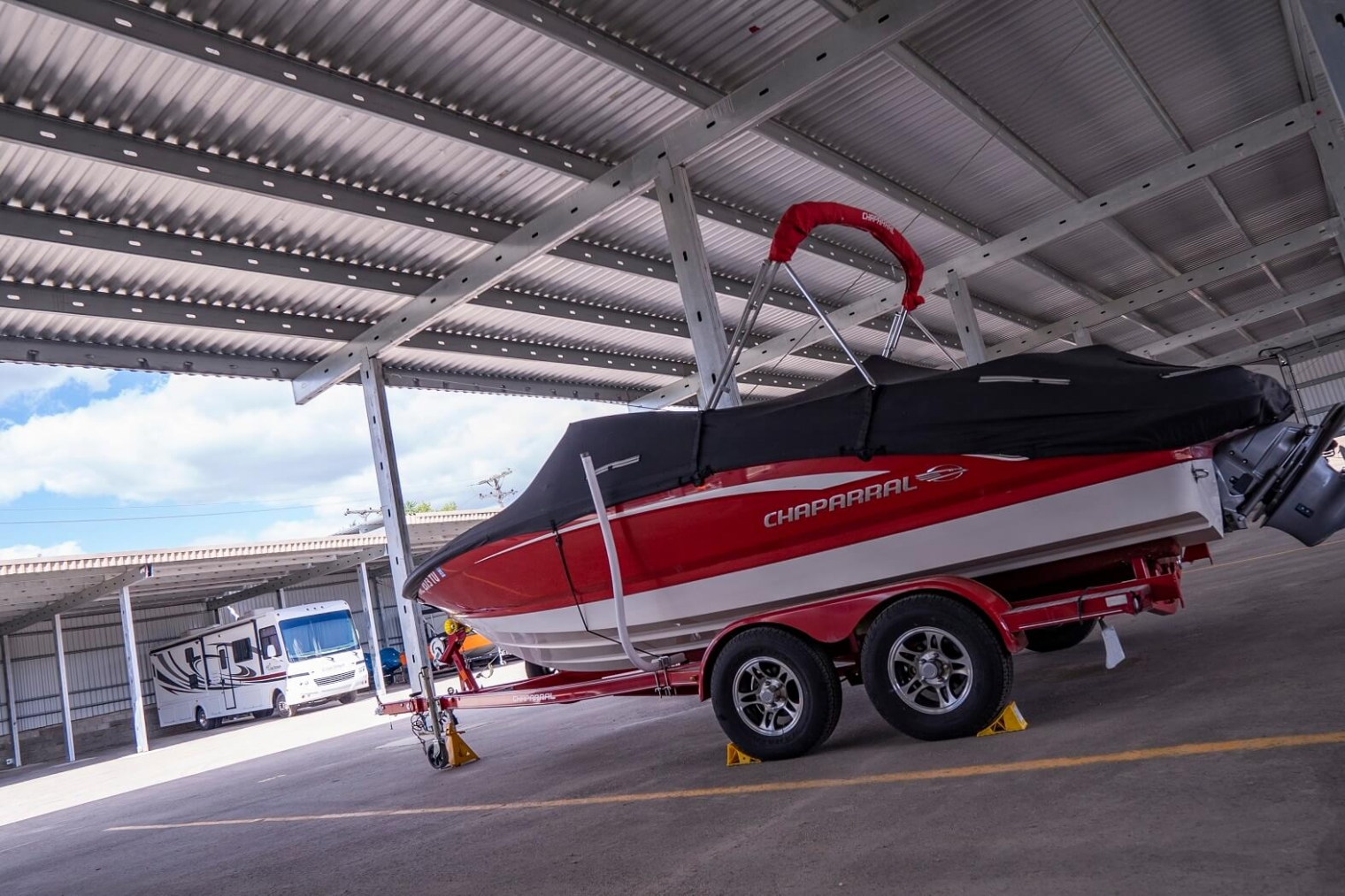 covered boat storage available in livonia
