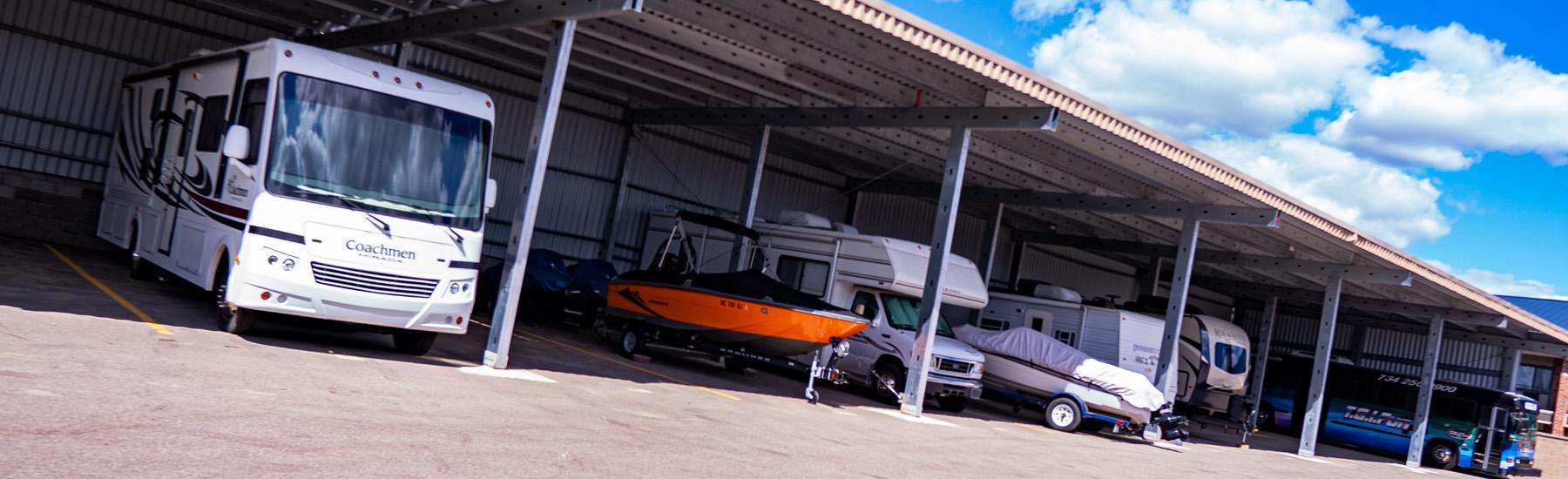 covered rv and boat storage Livonia, MI