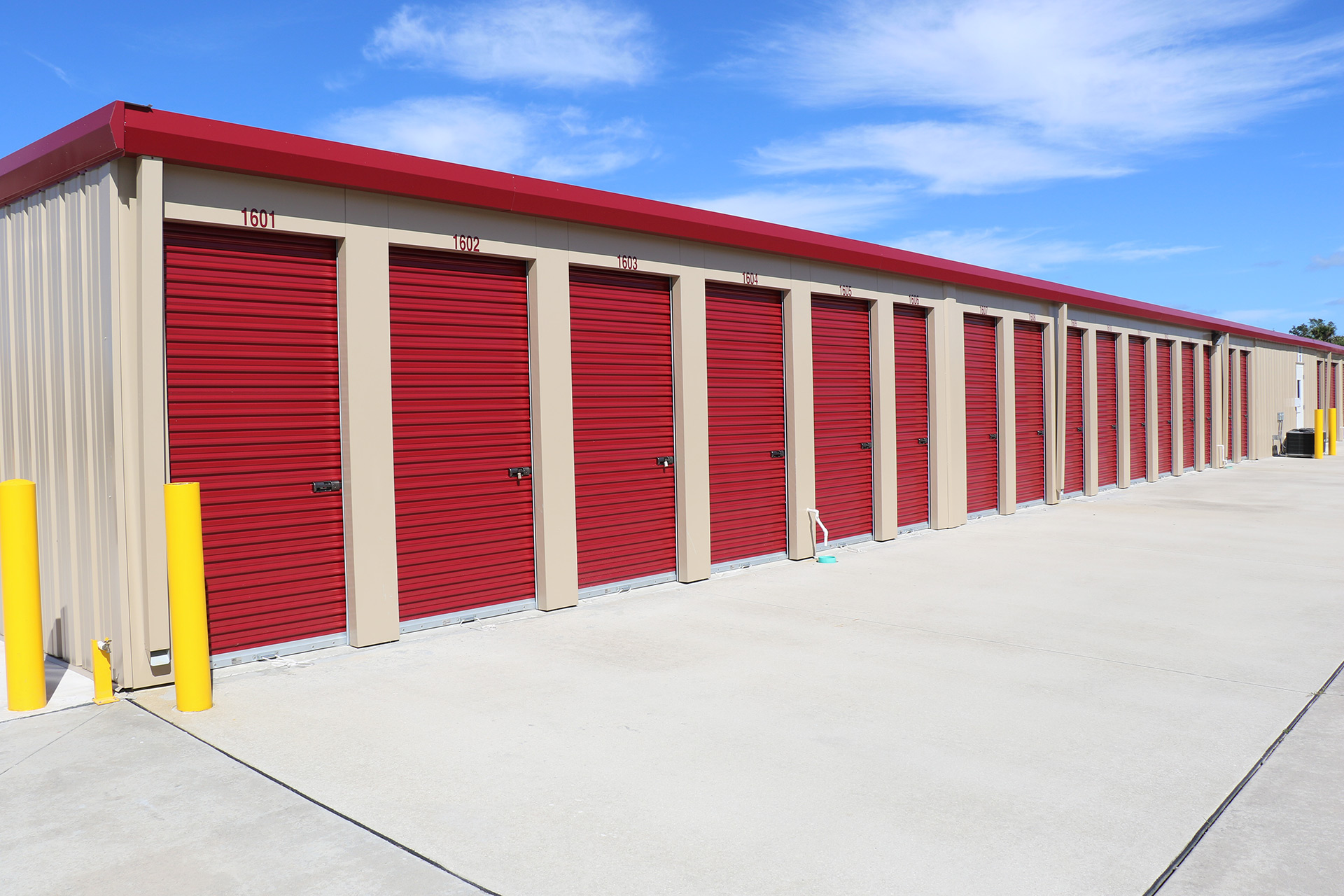 selt storage units with drive up access doors