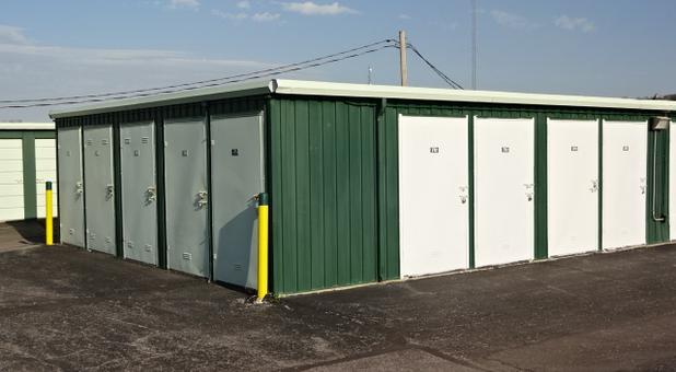 paved storage facility Kansas City, KS