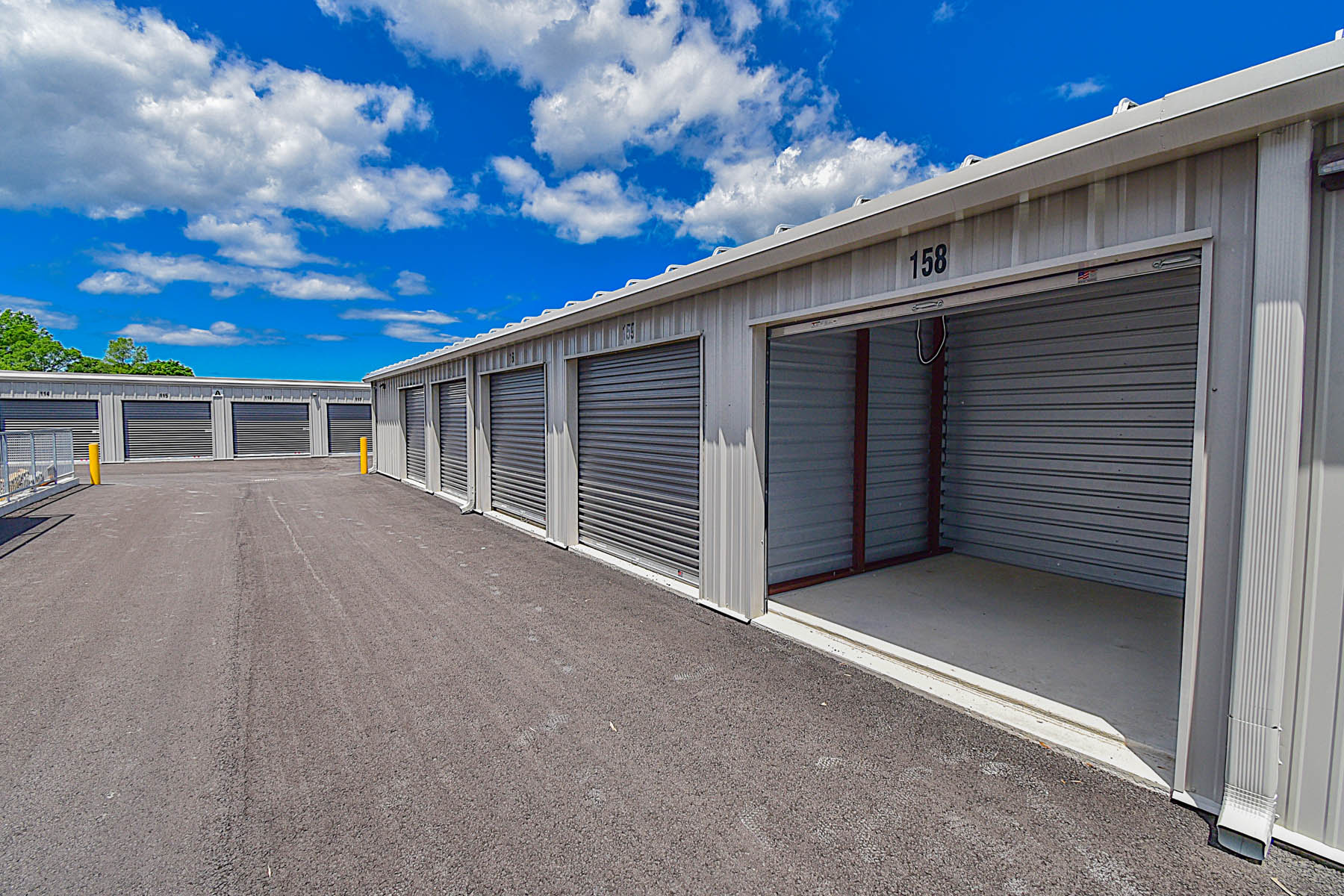 drive up access storage in st catharines, on