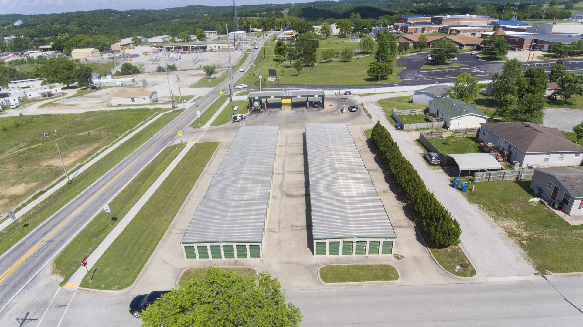 wide variety of storage units hollister, mo