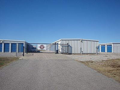 storage facilities in Oologah, OK