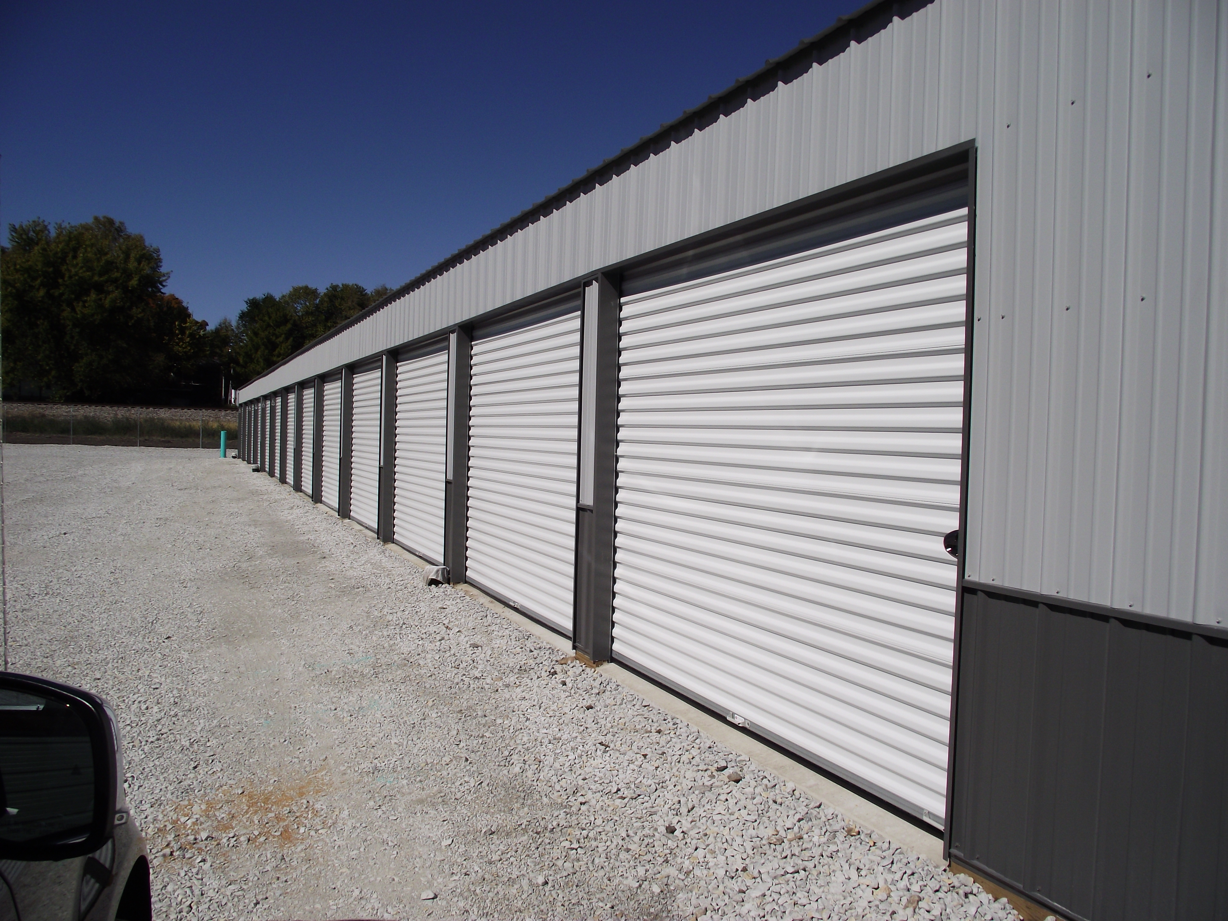 Indoor vehicle parking, 24-hour access, video surveillance, and much more. Rent a unit online today!