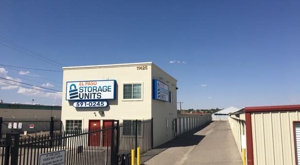 El Paso Storage Units - Pellicano