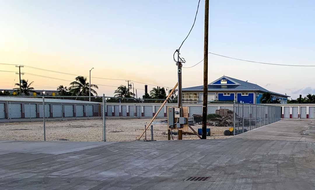 cayman-island-self-storage-units
