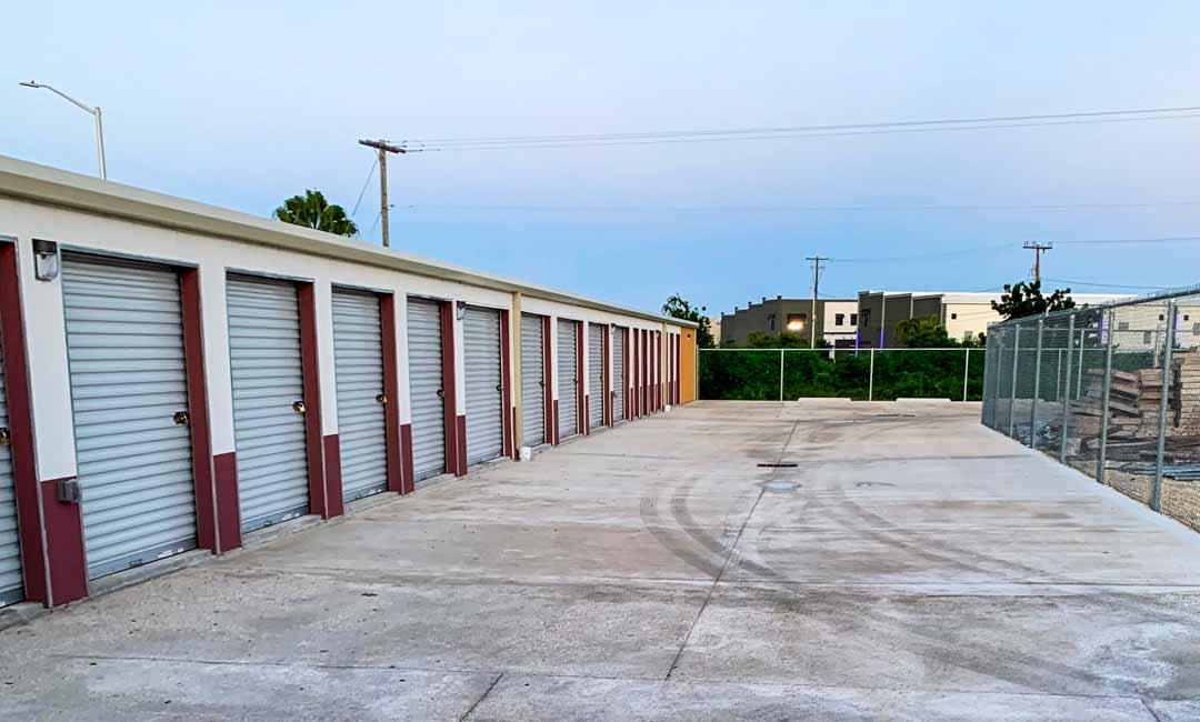 top-cayman-self-storage-facility