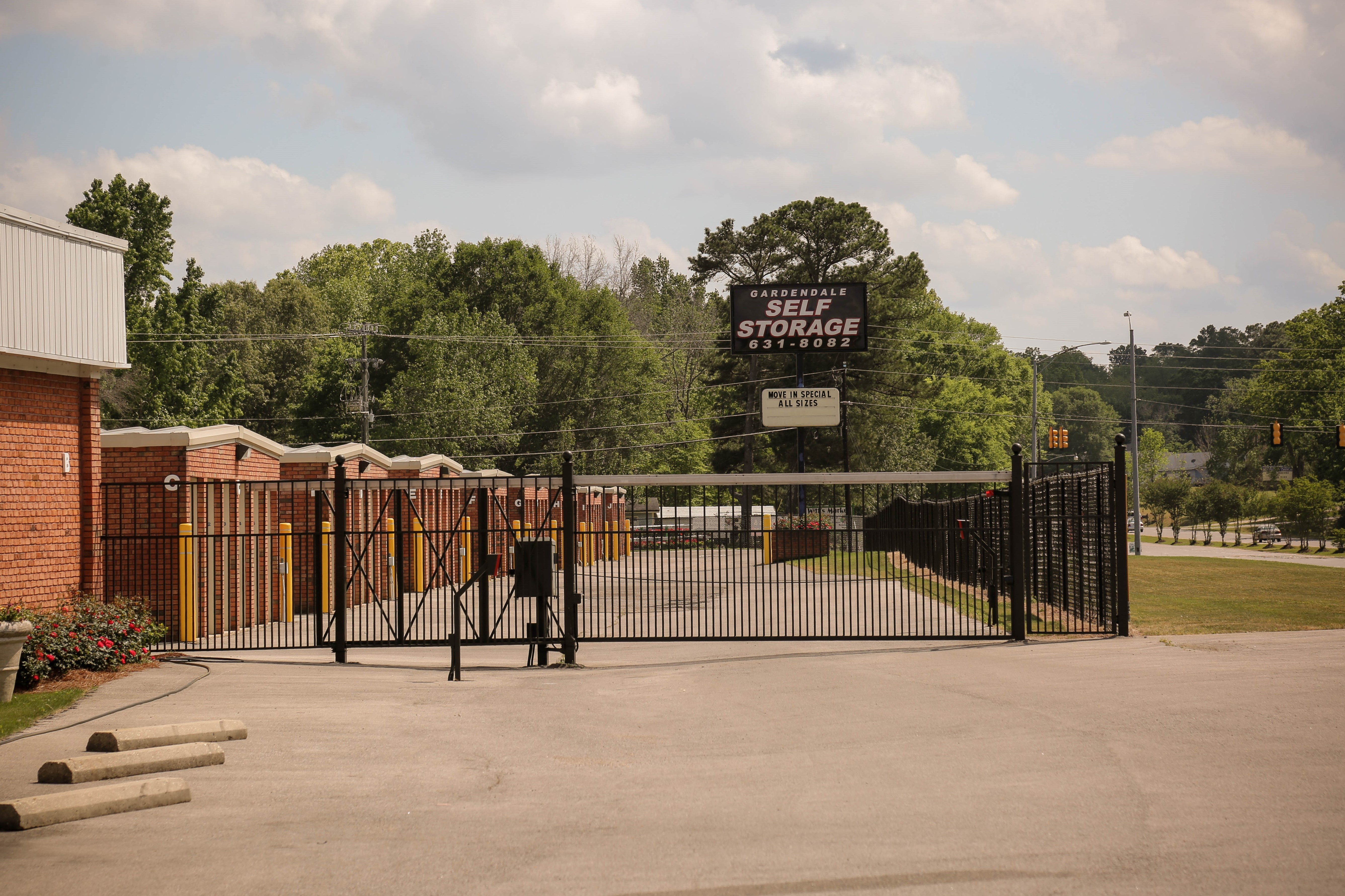 Fenced and Gated Gardendale Self Storage