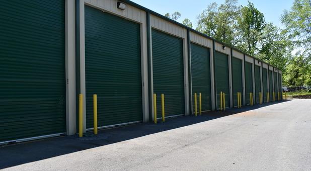 Drive up self storage units in Alexander, AR