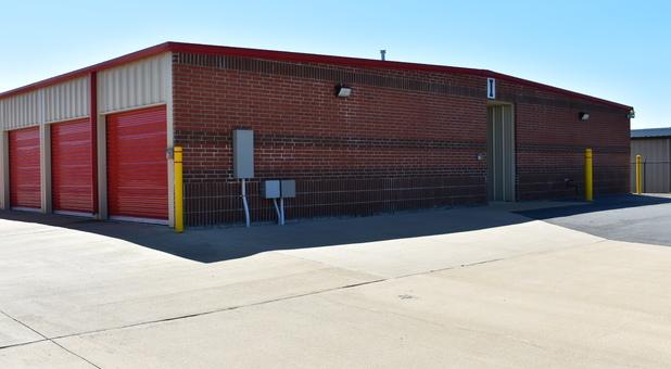 Self storage facilities in Sherwood, AR