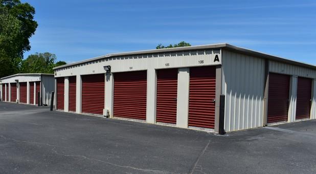 Self storage units in Benton, AR