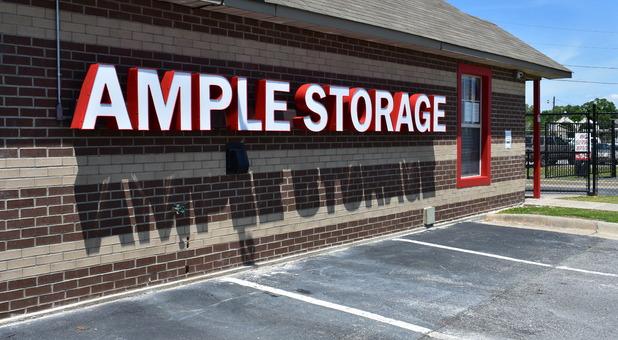 Ample Self Storage - Benton