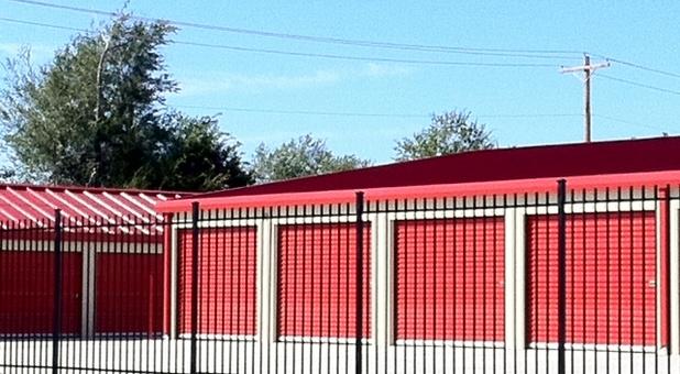 Storage units behind gate in Oklahoma City