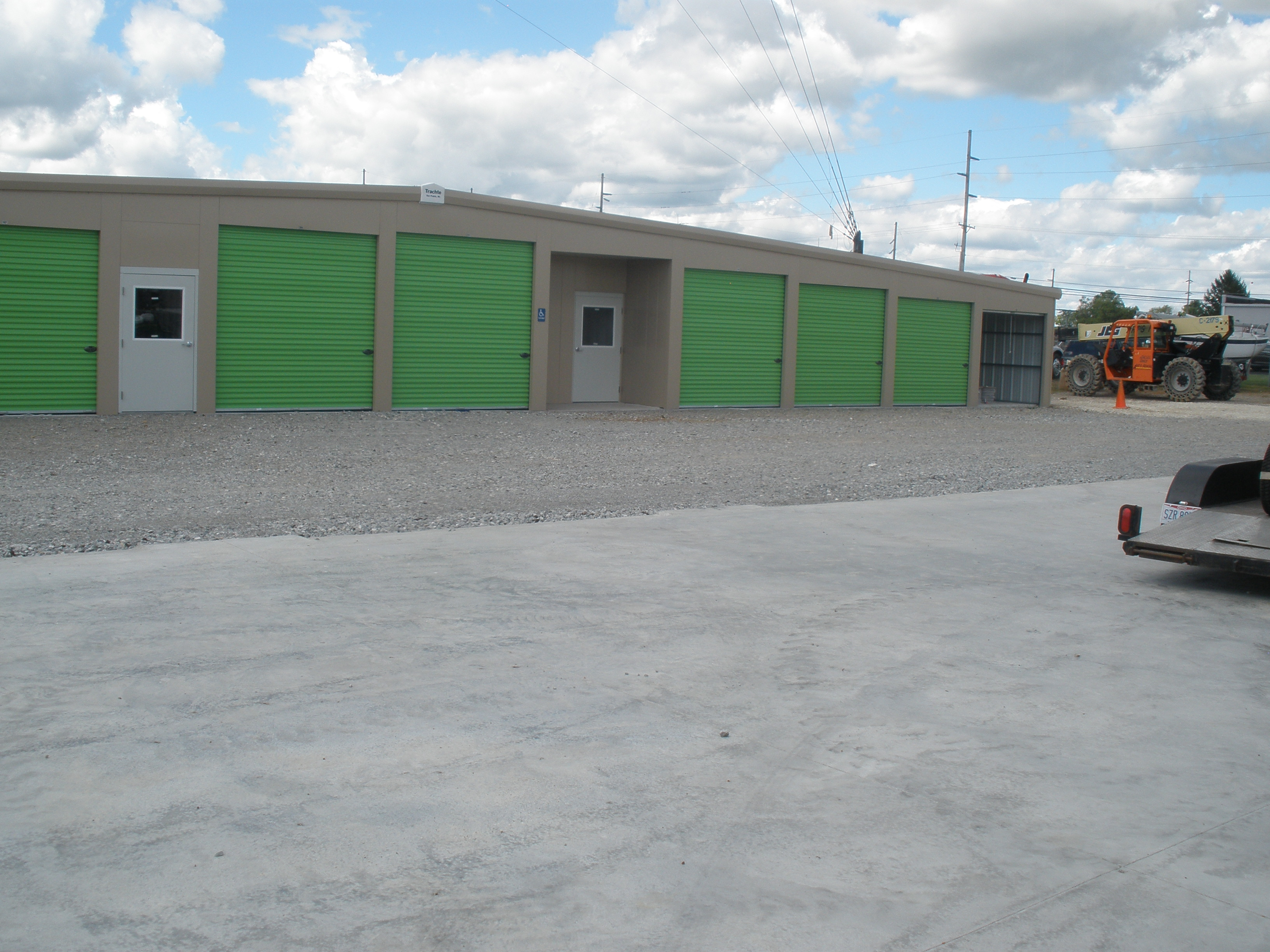 convenient location and office mini storage Eaton, OH