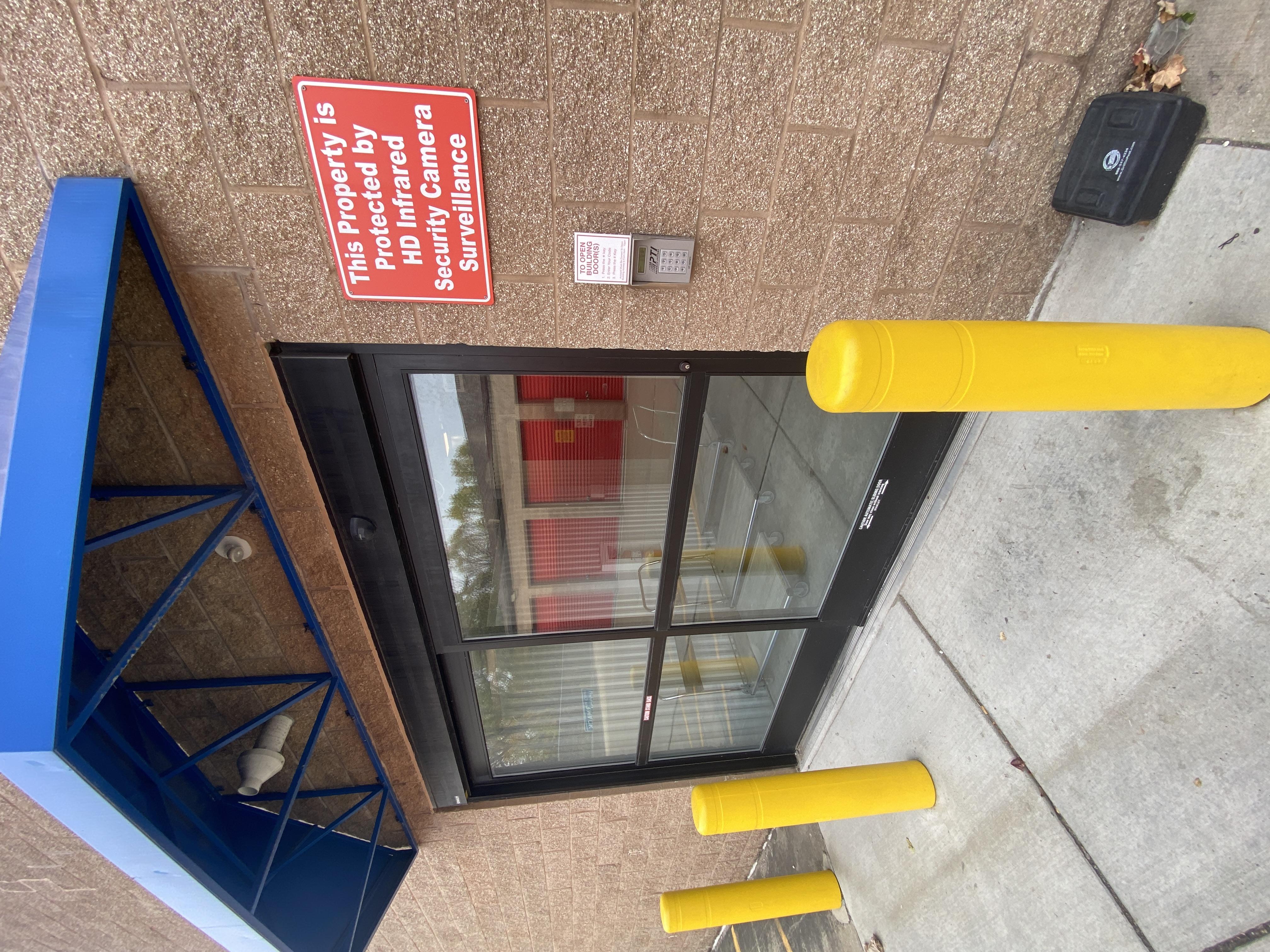 Secure self storage facility in Warren MI