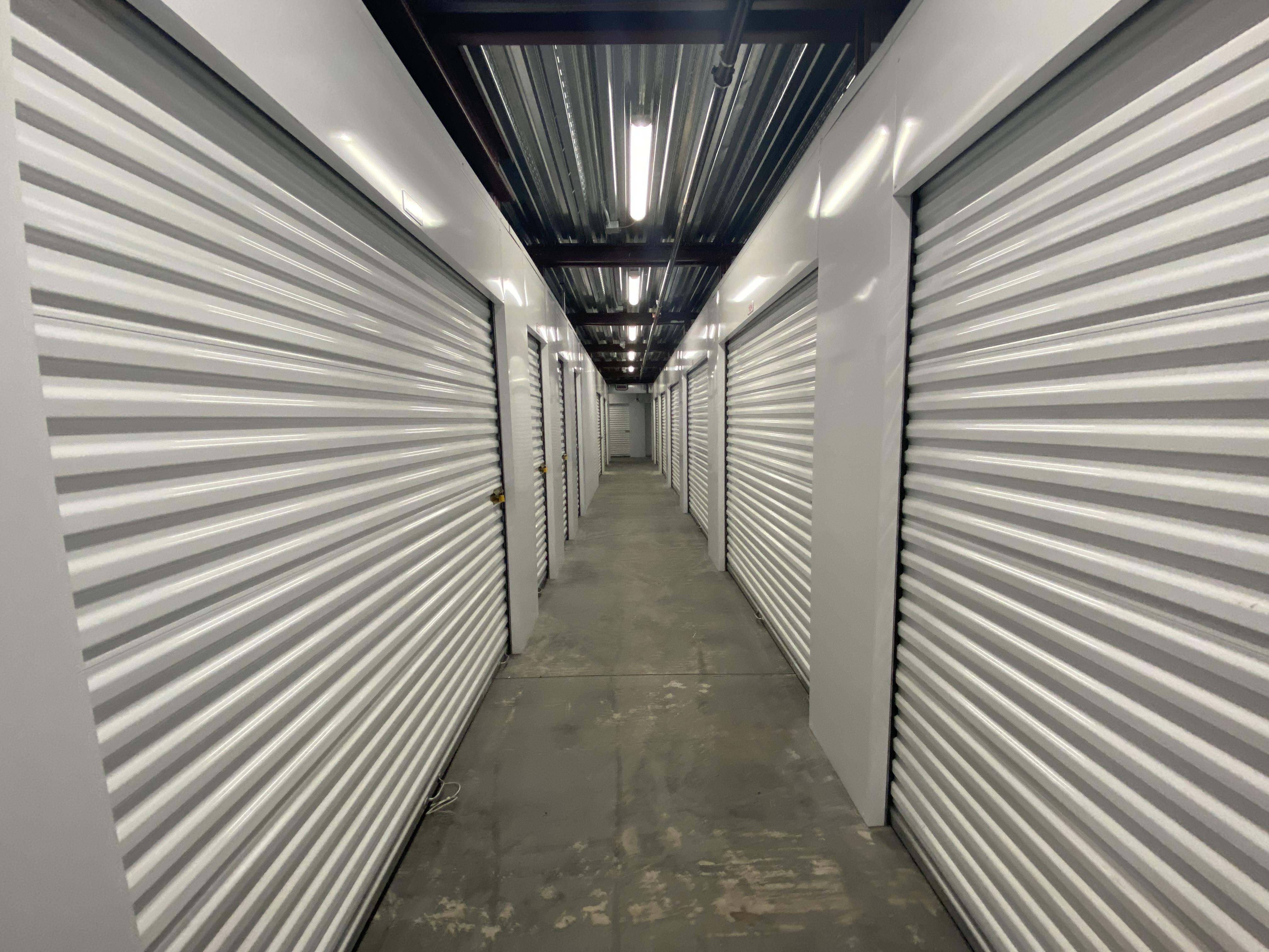 Indoor climate control storage units in Warren, MI