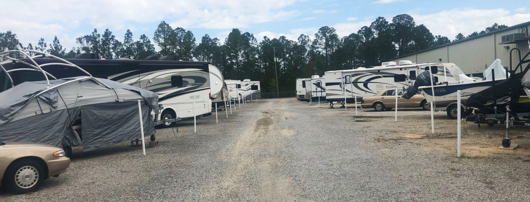 RV and boat parking in Fort Walton Beach, FL