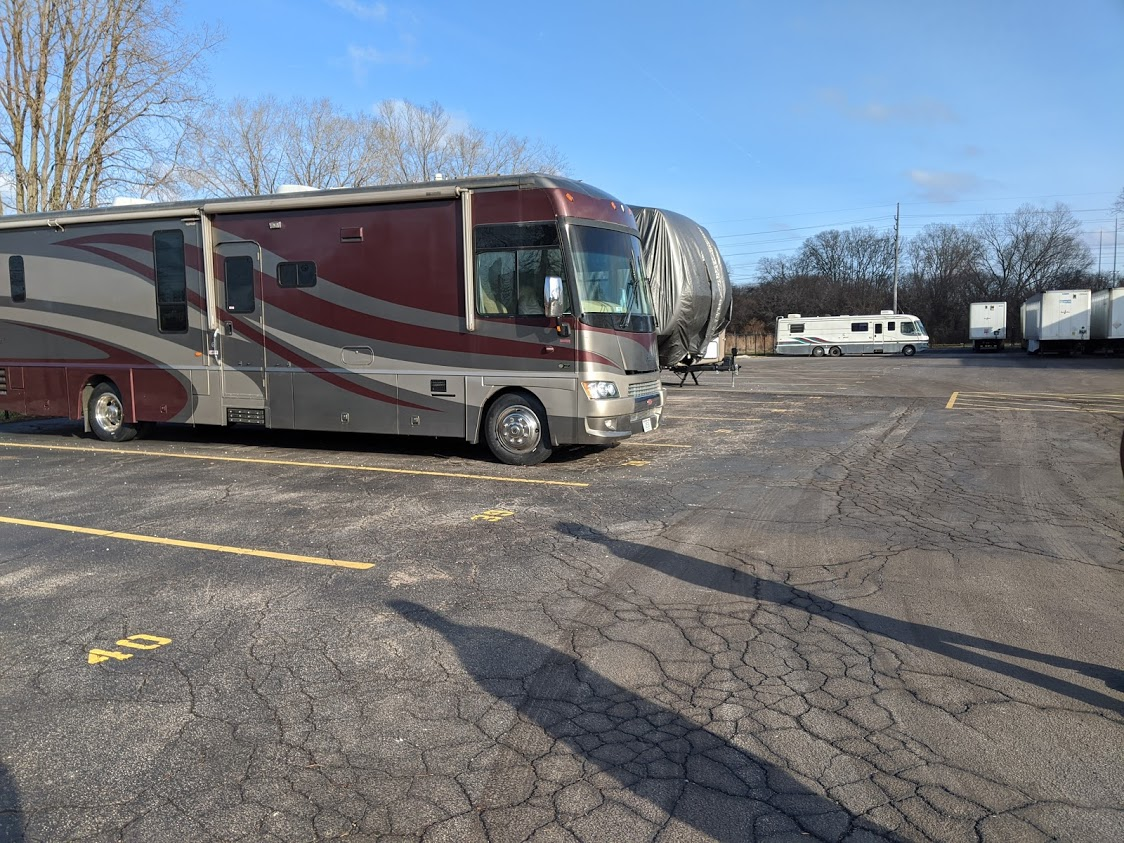 RV and boat parking