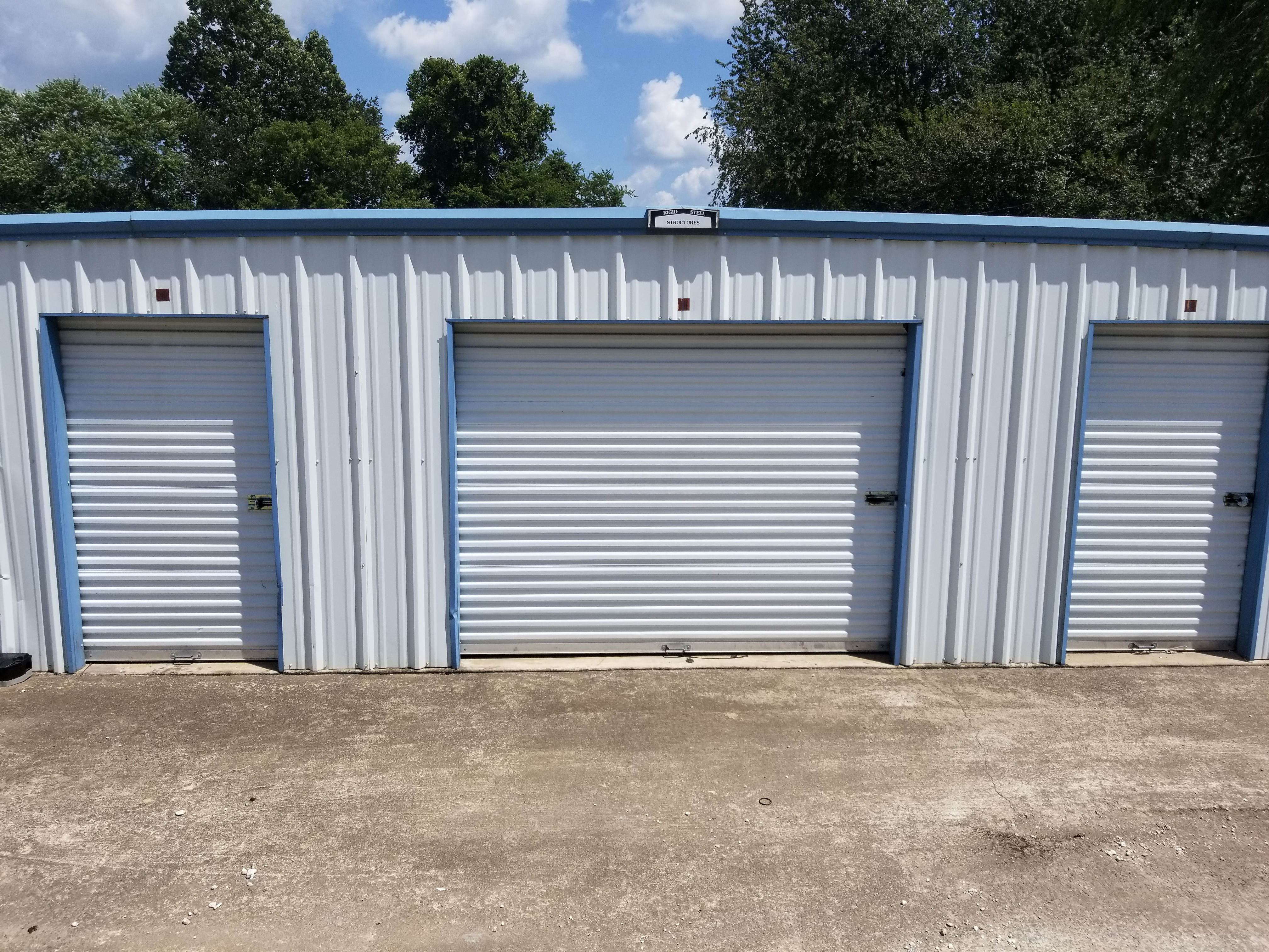 Drive up storage near me in Shady Grove AR