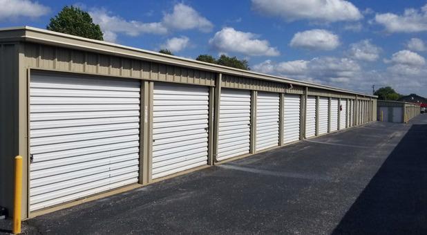 Fenced  & Gated Self Storage Facility Springdale, AR