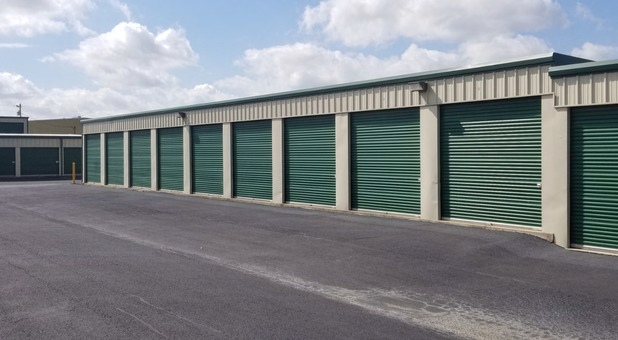 Drive Up Access storage units Bethel Heights, AR