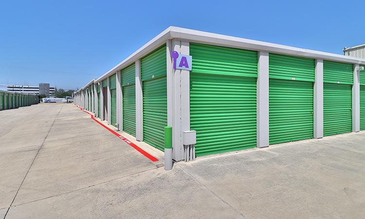 key-storage-utsa-exterior03