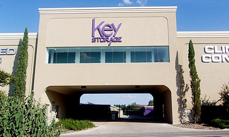 key-storage-bitters-front