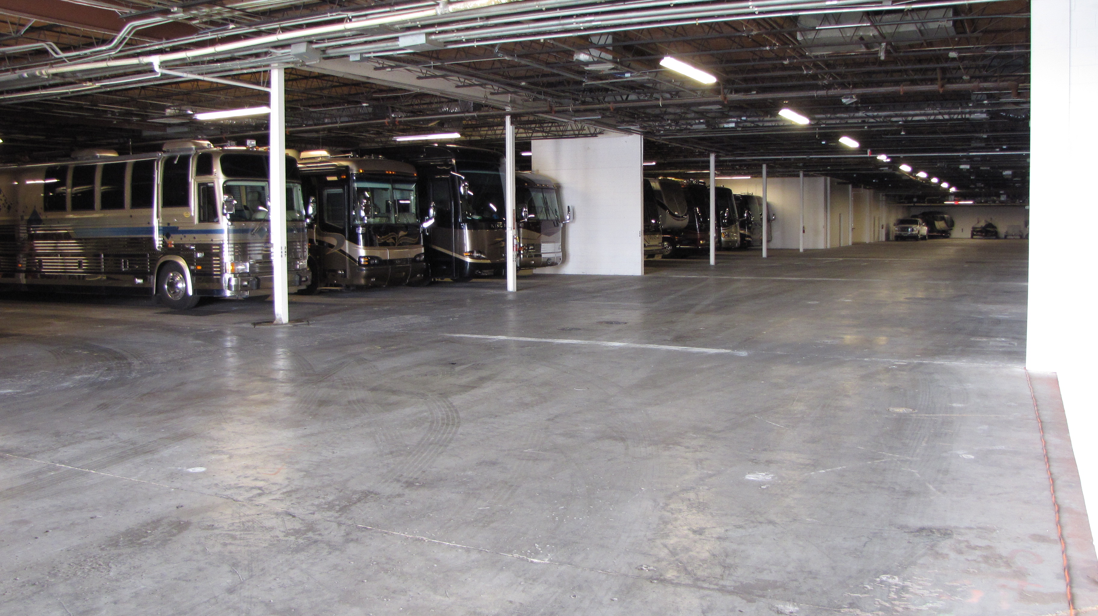 Indoor Parking in Pinellas Park, FL