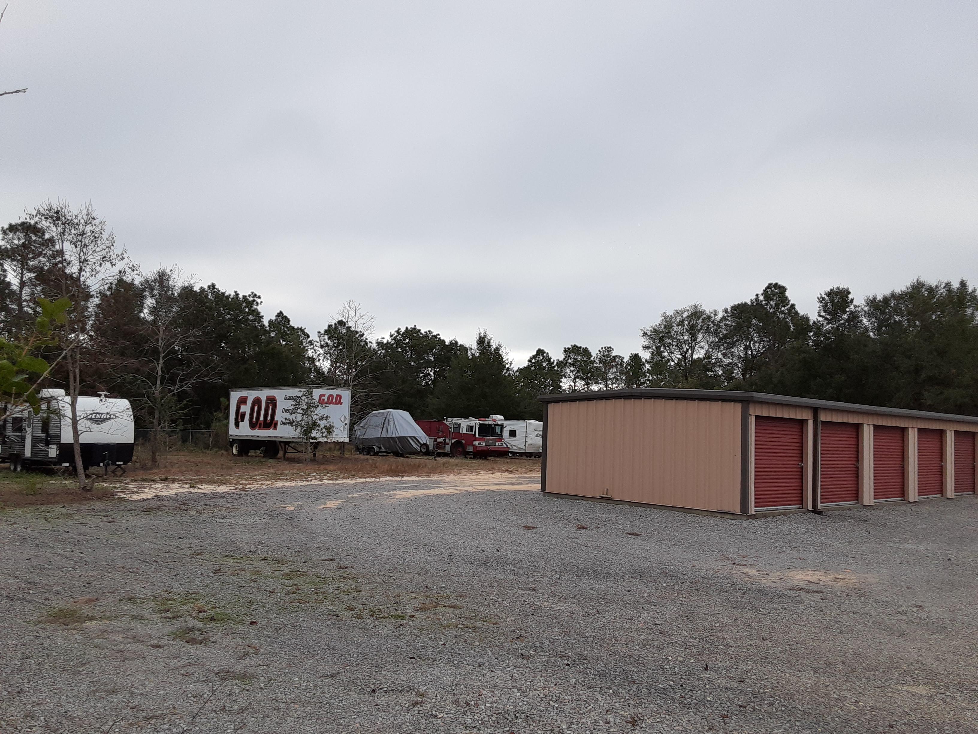 large unit sizes available Milton, FL