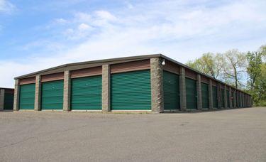 Mini storage at Lakeville Dodd Storage