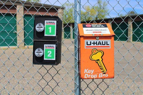 Lakeville Dodd Storage Offer U-Haul Truck Rentals and Convenient Key Drop Off