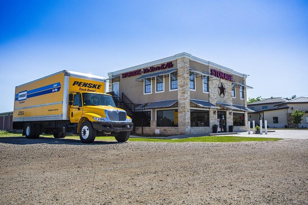 penske moving trucks