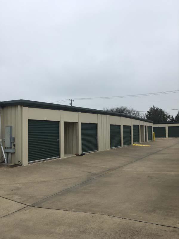 drive up access self storage Midlothian, TX