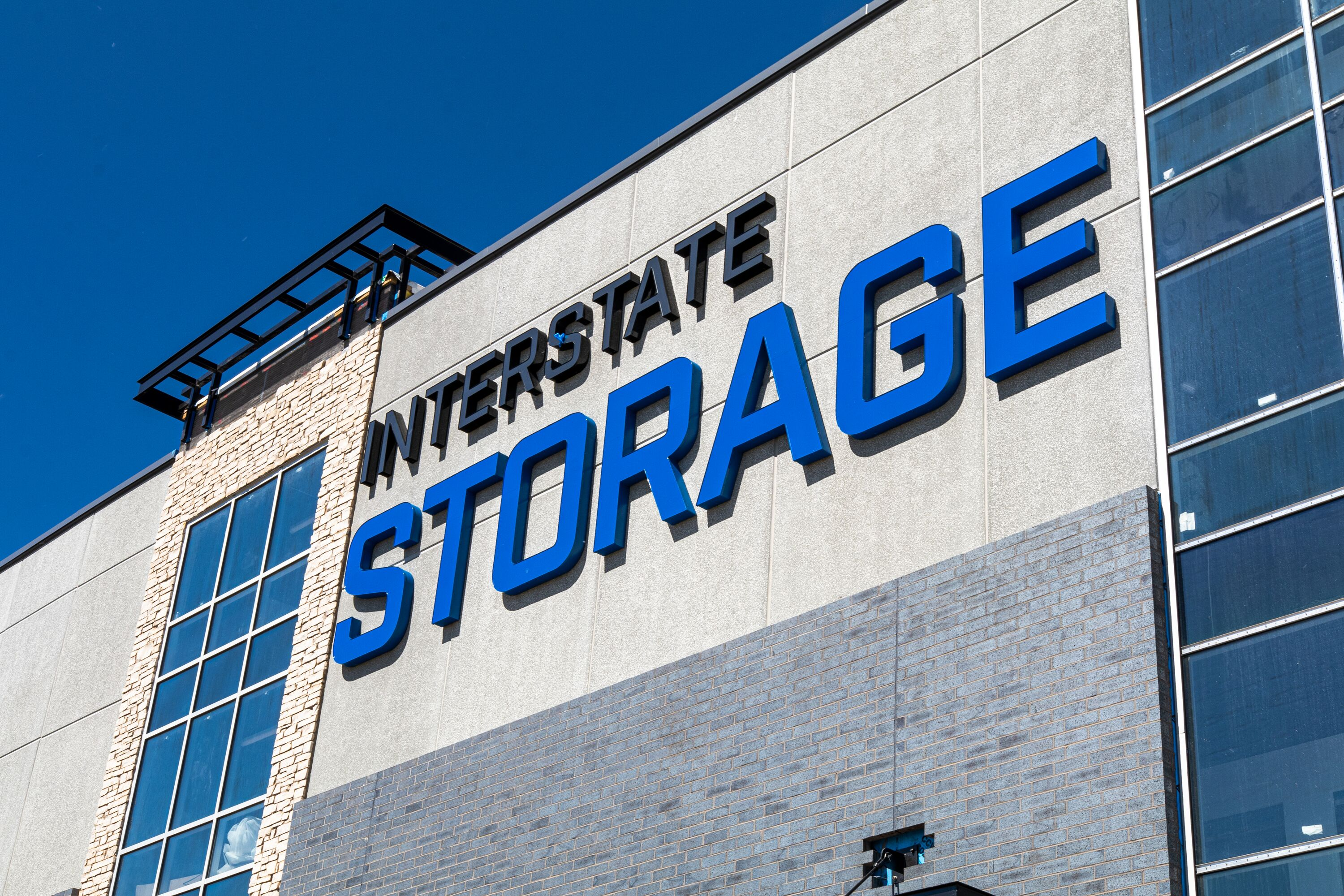 Interstate Storage Lakeville Building Front Sign Minnesota Twin Cities Burnesville