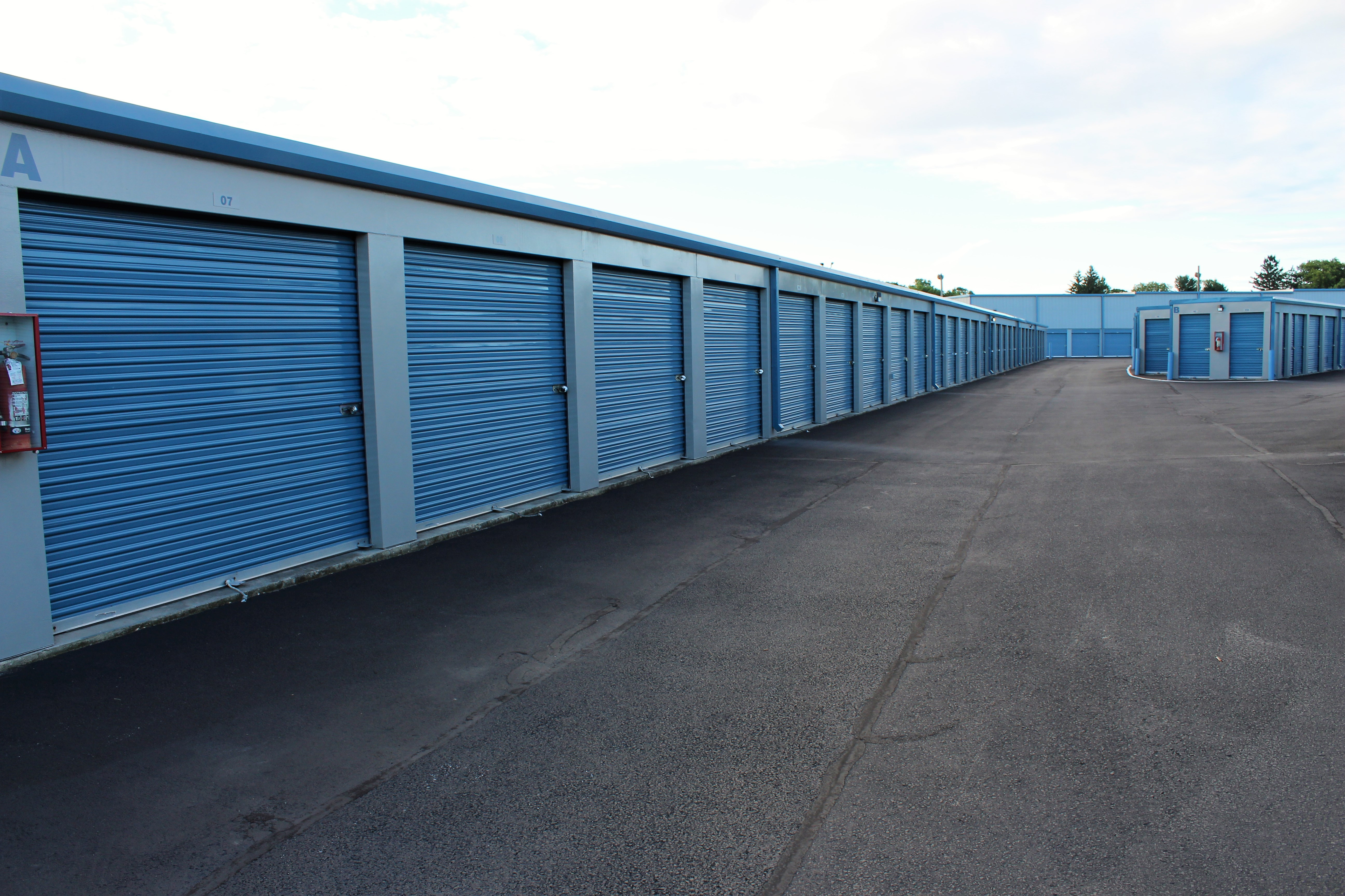 Drive up storage units in Lancaster, PA