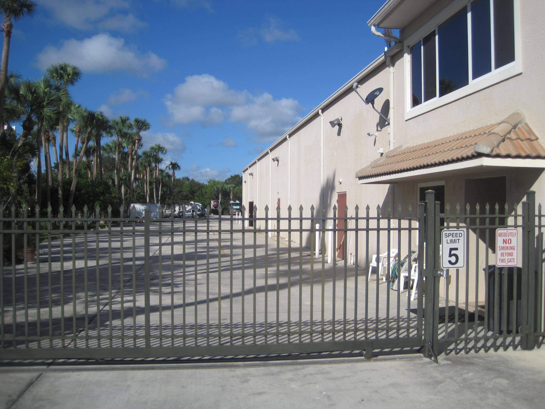 Fenced & Gated Storage in Ft. Pierce