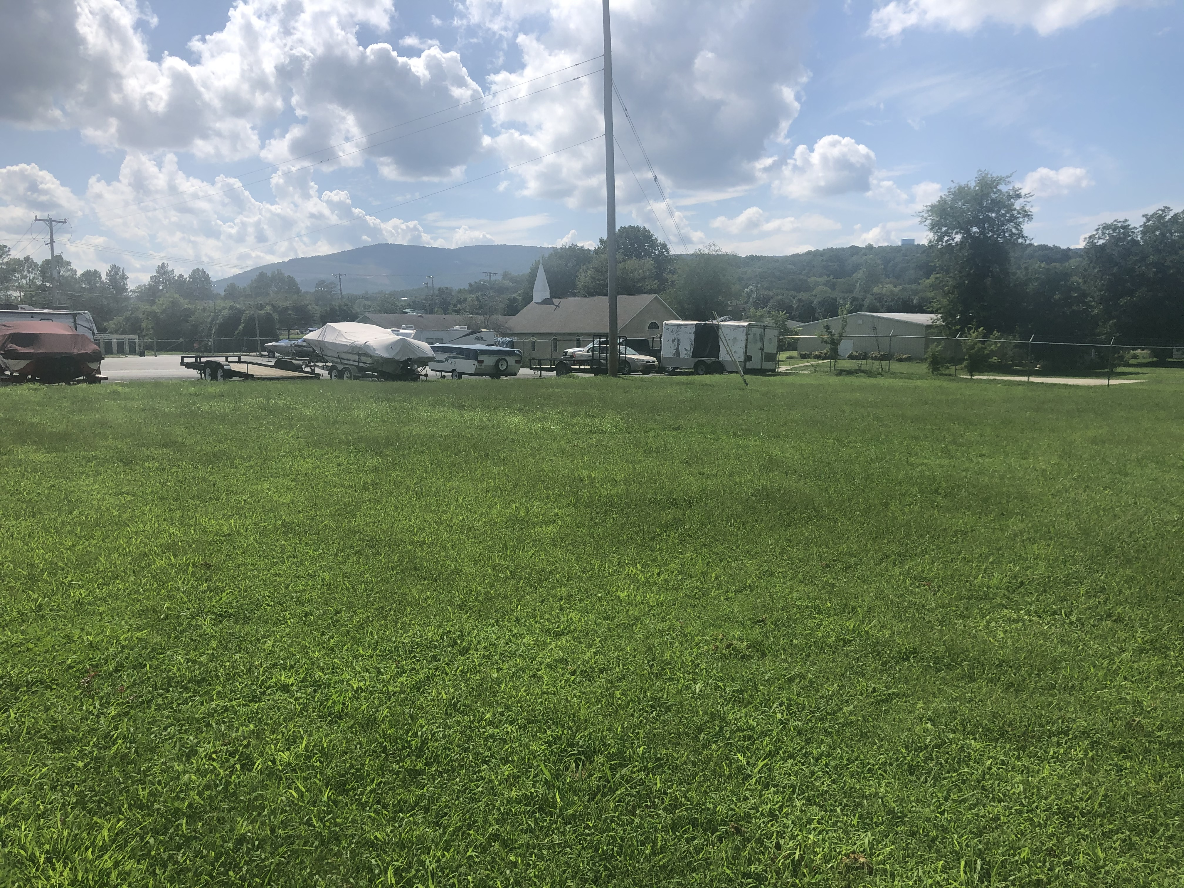 Uncovered Parking in Chattanooga, TN