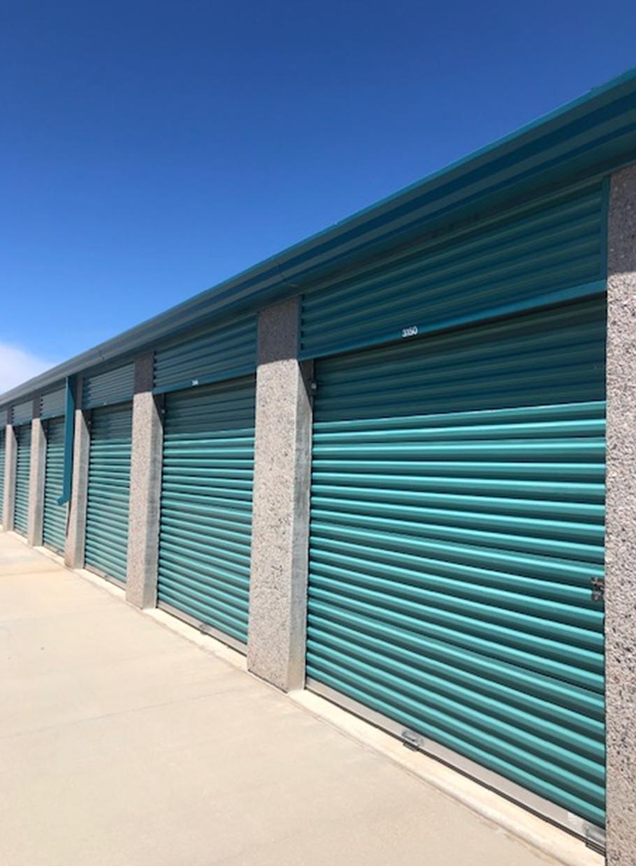 Budget Mini Storage Drive Up Units