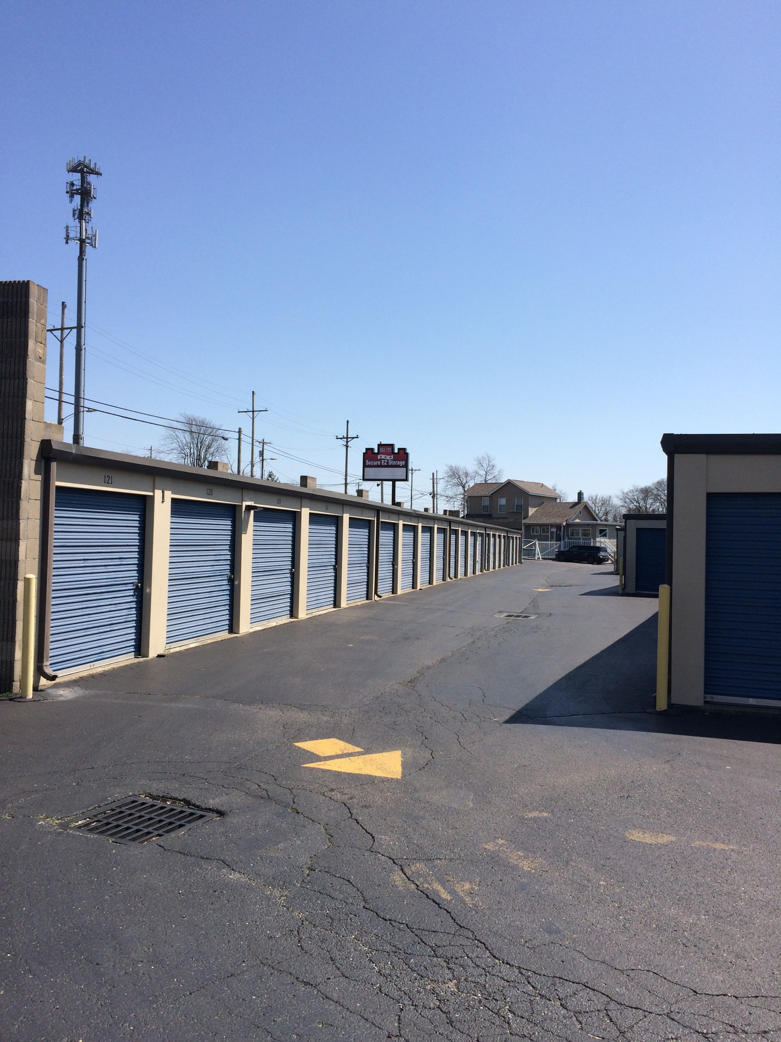 Self Storage In Hamilton Oh 45011 Secure Ez Storage