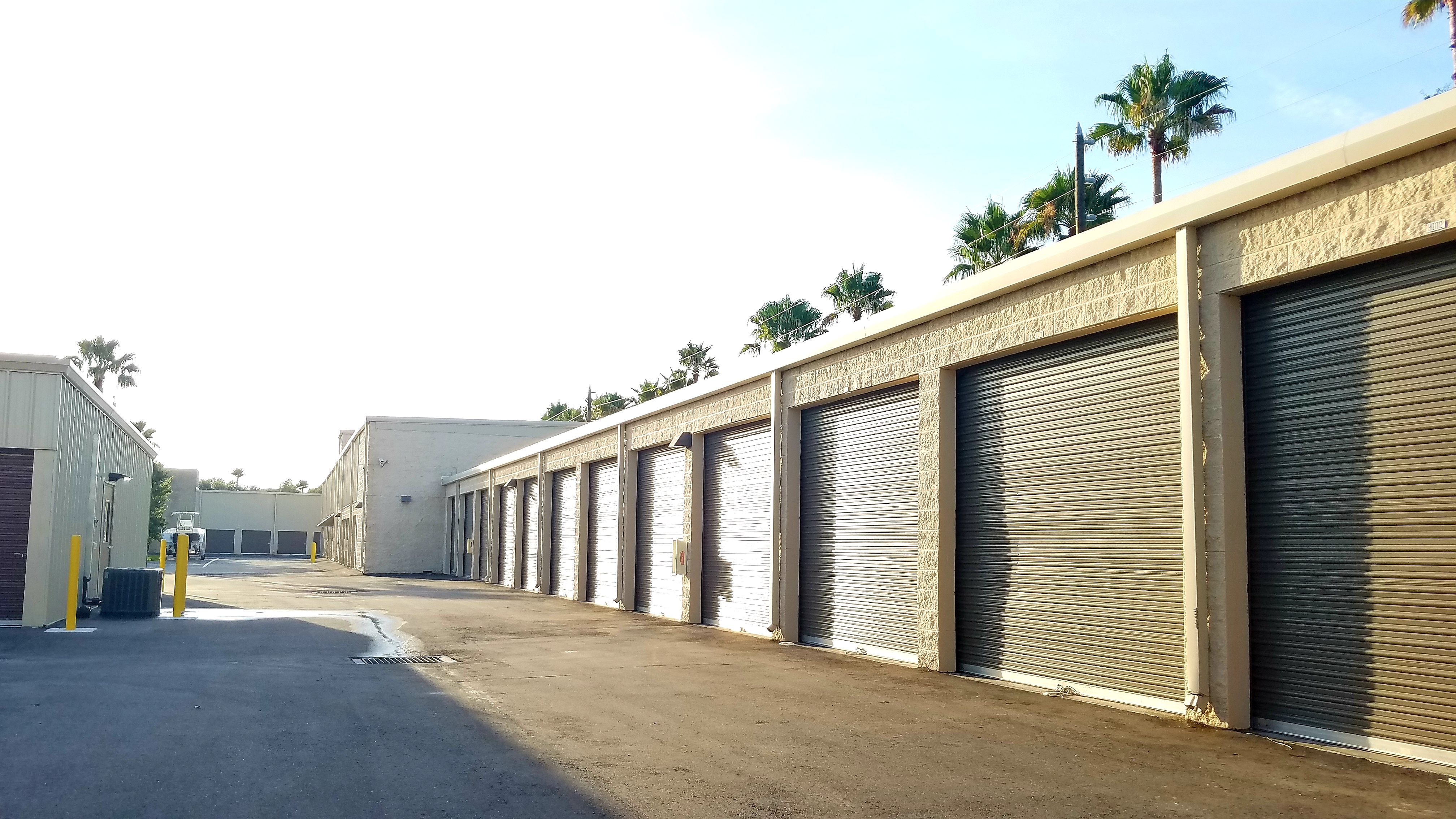 Drive Up Self Storage in  Largo, FL