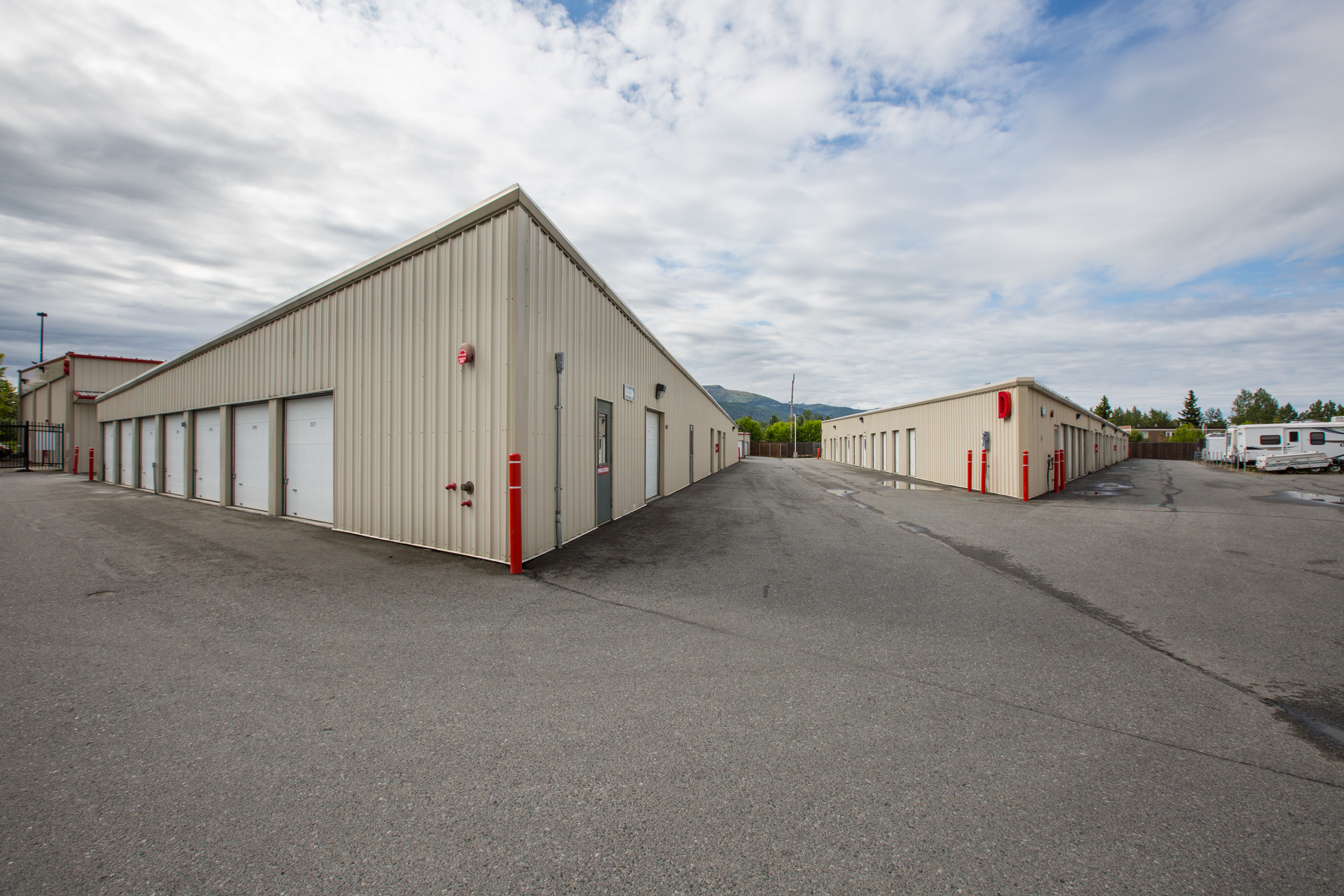 Best self storage in Eagle River