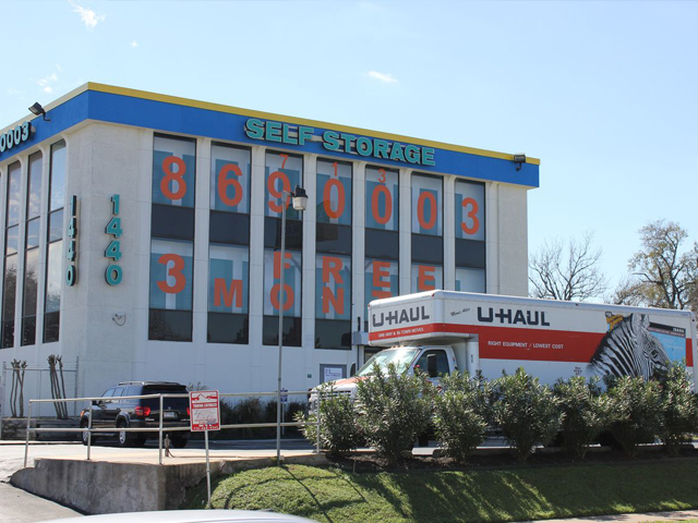 North Loop Self Storage in Houston, TX
